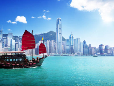 3 Iconic Attractions to Visit on a Hong Kong Family Vacation