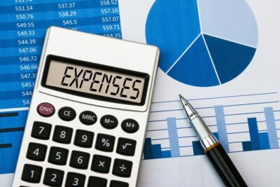 3 Ways To Cut Back On Your Monthly Expenses